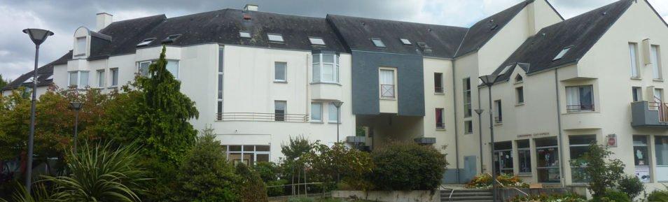 VERN-SUR-SEICHE (35770) Appartement T4 duplex en plein centre.