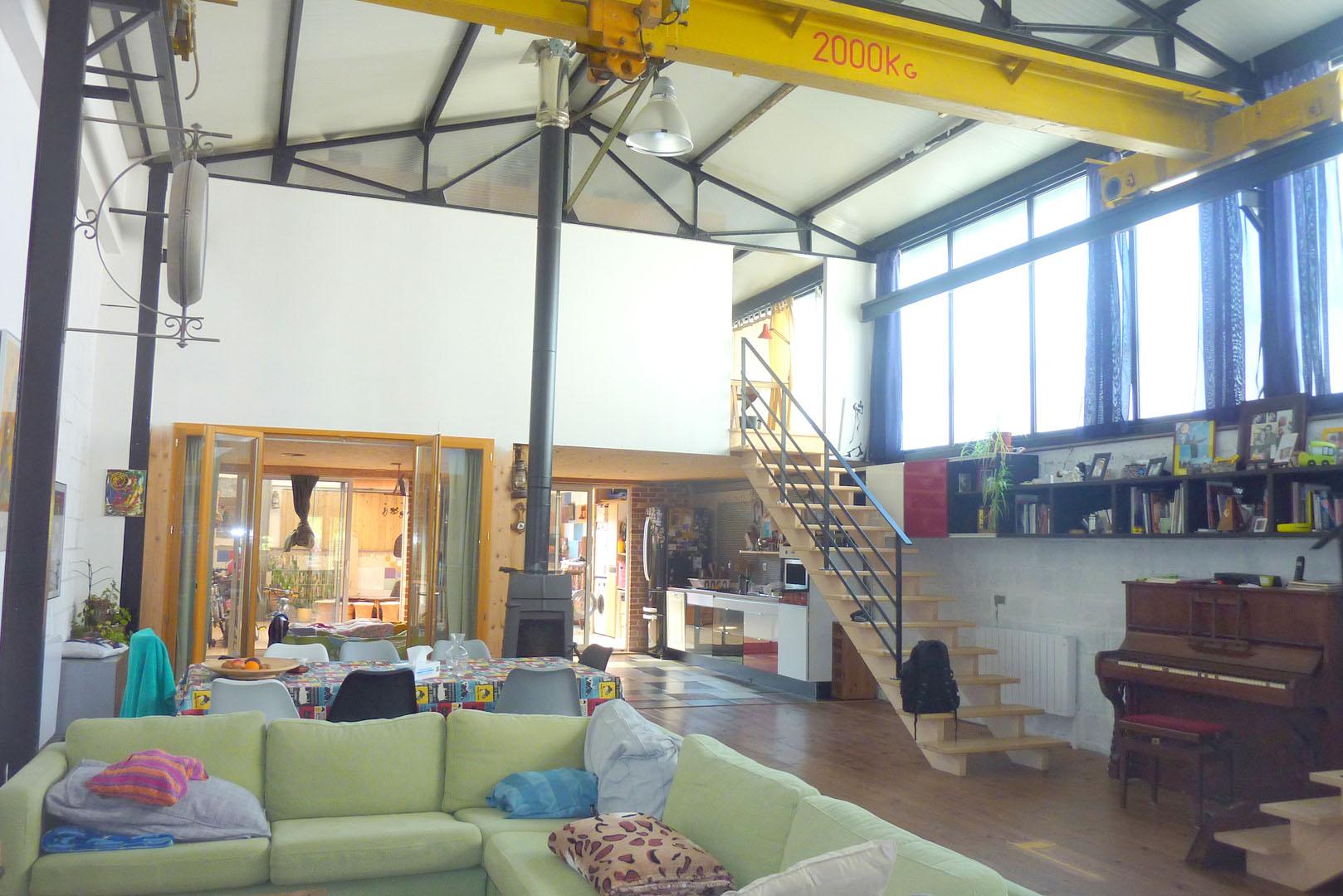 Rennes 35 authentique loft de 180 m agence for Achat immobilier loft